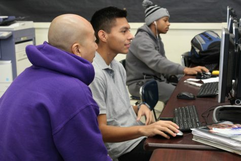 College Ambassadors Help Students Prepare for College